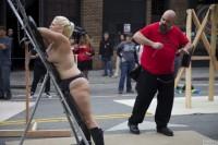 Free porn pics of Folsom Street Fair -1- 1 of 50 pics