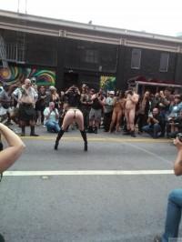 Free porn pics of Folsom Street Fair -6- 1 of 14 pics