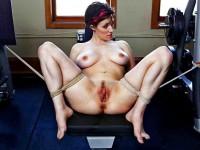 Free porn pics of bondage - invitation to flog or fuck 1 of 48 pics