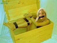 Free porn pics of bondagefeu FAKE REQUEST  1 of 5 pics