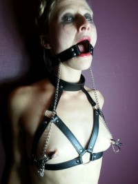 Free porn pics of Ring-gagged girls 1 of 552 pics