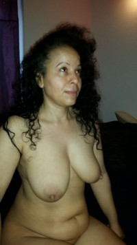 Free porn pics of more bounded tits of the arab snuffobject 1 of 9 pics