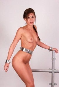 Free porn pics of Stahlfesselung mit Sybian 1 of 81 pics
